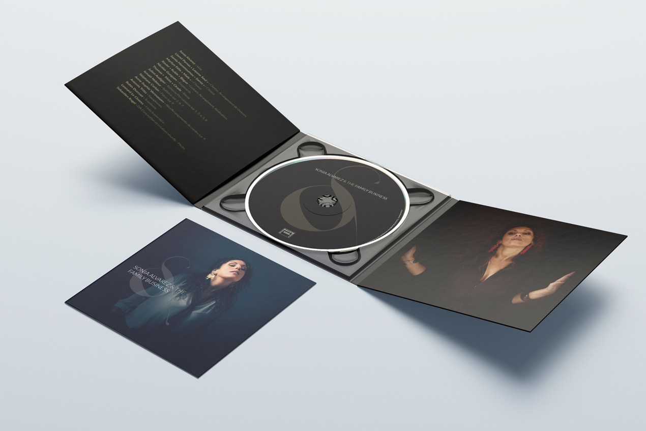 Sonia Alvarez - Album digifile mockup inside